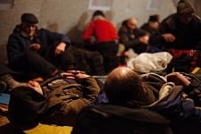 Nochlezhka Opens Heating Points for Homeless People